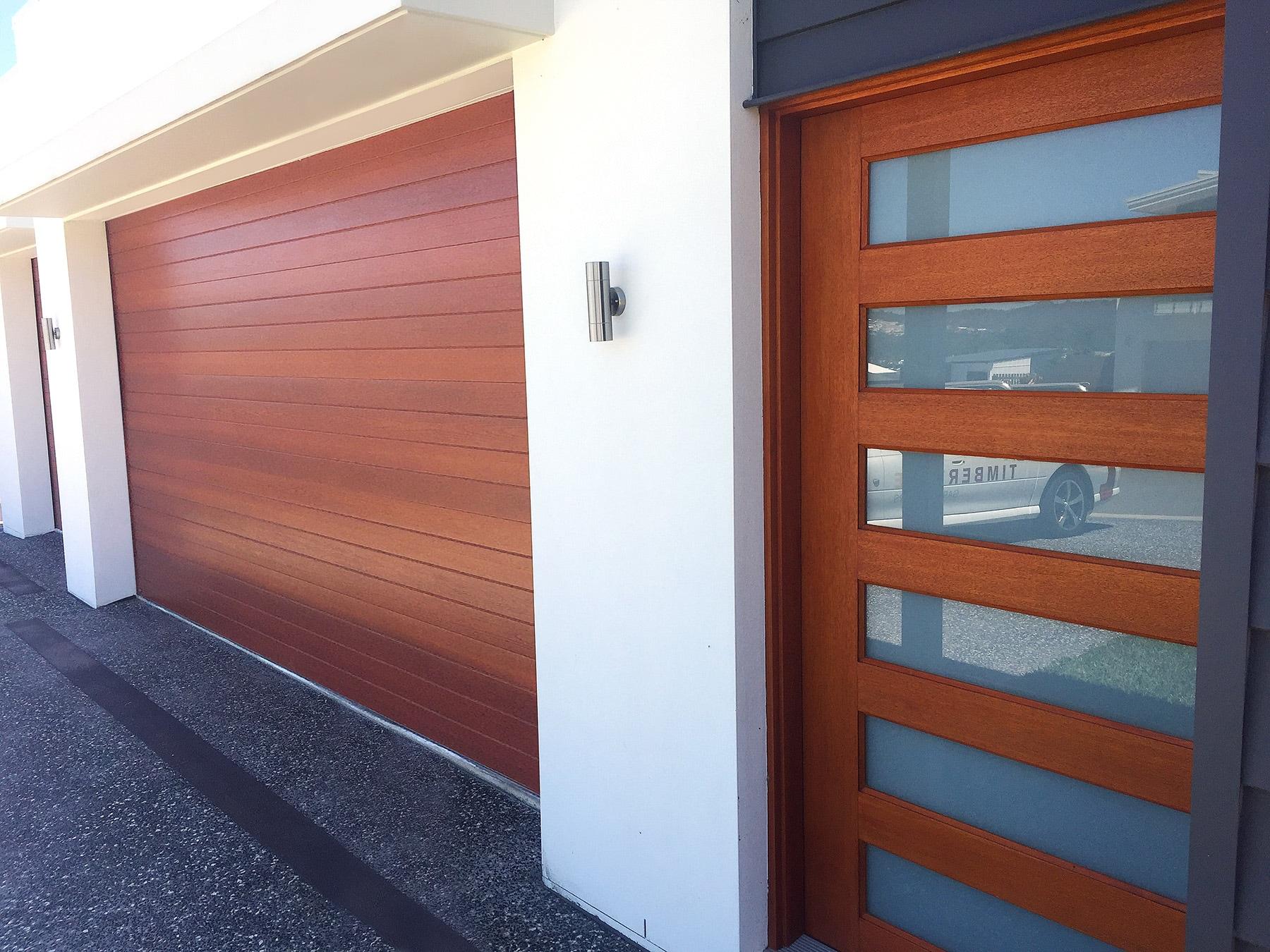 102-Matching-front-door